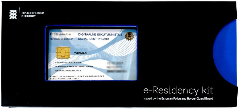 The welcome box in which you receive your E-resicency card